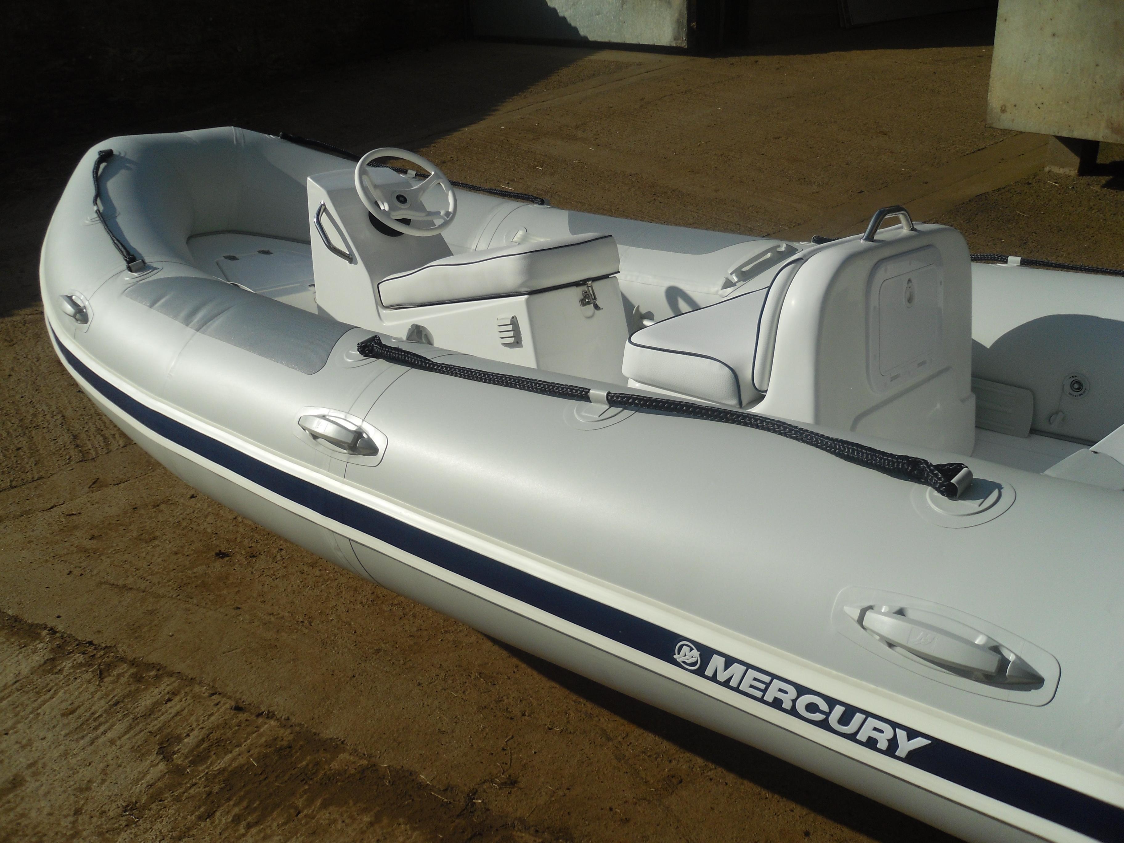 New Mercury Ocean Runner 460 With Mariner 40 Four Stroke